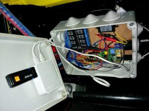 Boitier de l'ordinateur de bord de notre 4L